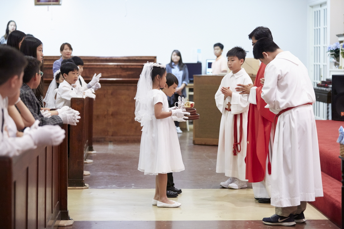 2016 First Communion.20160515_St. Andrew Kim 456.jpg