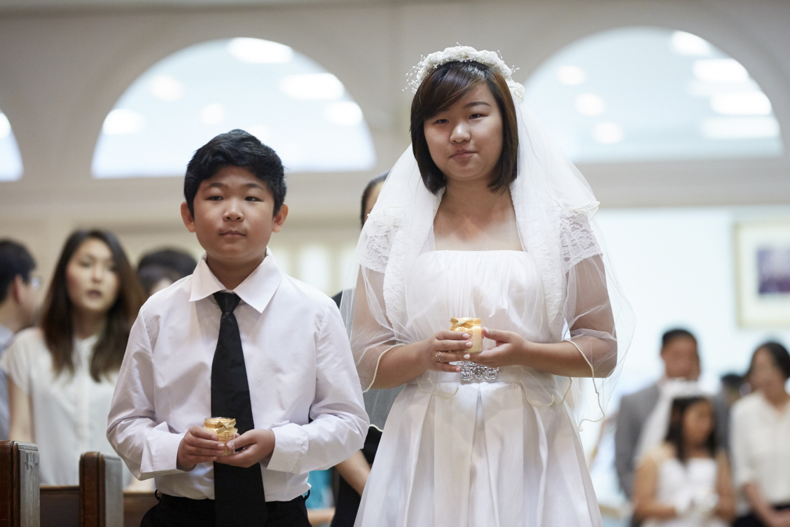 2016 First Communion.20160515_St. Andrew Kim 274.jpg